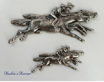 Horse Race #31 and #30, set of two medallions