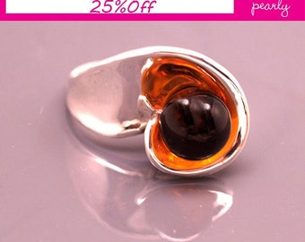 Silver Sterling 925 Ring - Circle Ring - Unique Amber  ring -Lampwork Jewelry - Glass Bead Jewelry - Beadwork Jewelry - Beaded Jewelry