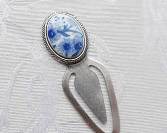 Bookmark. Vintage Acrylic Cameo made in Japan, Blue Flowers