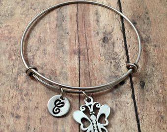 Butterfly initial bangle - butterfly jewelry, insect jewelry, bug bracelet, papillon jewelry, monarch bracelet, silver butterfly bracelet