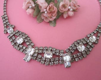 Vintage Rhinestone Necklace / Wedding Necklace