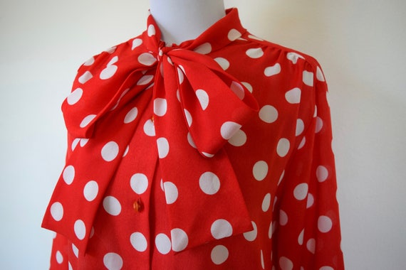 Vintage 70s 80s Red and White Polka Dot Kitten Bow Long Sleeved Blouse (size medium, large)