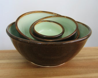 Ceramic Nesting Bowls in Mint Chocolate, Large Wedding Gift Set, Stoneware Pottery Stacking Bowls, Foodie, Chef, Anniversary Gift