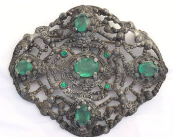 Instant heirloom! 1920s or 30s style vintage antique brooch with emerald green pastestones rhinestones great piece
