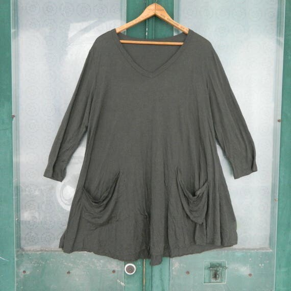 Comfy 3/4 Sleeve V-Neck Tunic with Pockets -L/XL- Brown/Green Soft Jersey