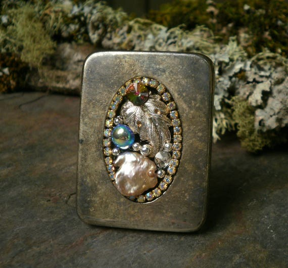 Gothic Steampunk Tiny Picture Frame Pin Brooch