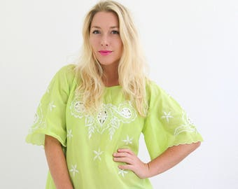 1970s Lime Angel Wing Tunic >>> Size Extra Small to Medium