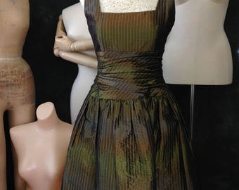 Vintage 1980's 1990's Bill Blass dress ombré sharkskin taffeta small