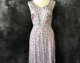 Vintage 1940's floral print dress pink blue grey rayon twill medium
