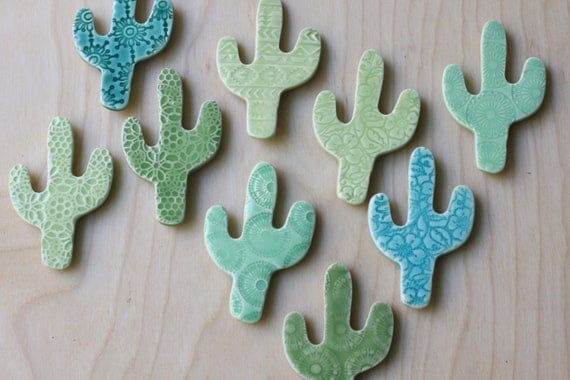 large cactus magnet in green