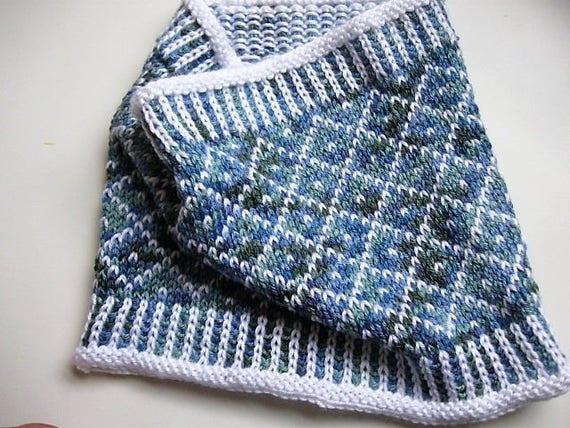 Fair Isle Pattern Cowl 1 two colors easy fair isle knit