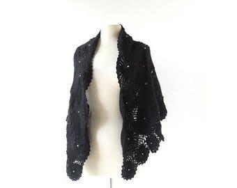 20% off sale Vintage 1950s Shawl | Black Widow | Crochet Wrap