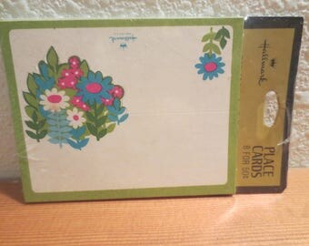 Vtg Hallmark Place Cards / Folding Place Cards / Sealed Package 8 Place Cards / Retro Flower Mod Design / 1970s