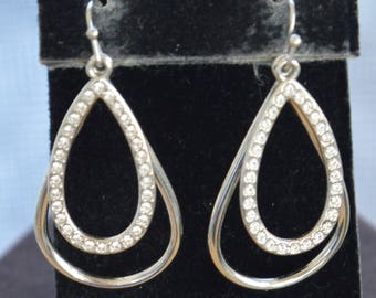 Rhinestone, Silver tone Teardrop Dangle Pierced Earrings, Vintage (AJ11)