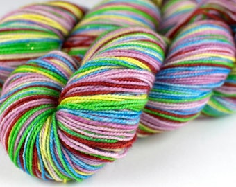 """Strong Sock Self-Striping """"Lady"""""""