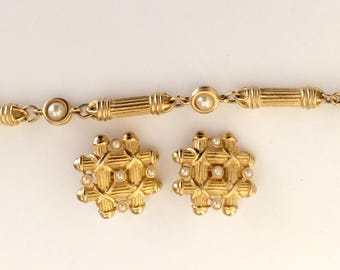 Bracelet and Matching Earrings with Pearls