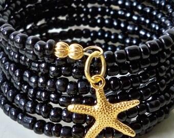 Seed Bead Wrap bracelet - Gold Starfish charm - Black seed beads - Memory Wire - Boho chic - Bohemian cuff - bycat