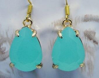 Opal Mint Green Earrings Opaque Drop Earrings Gold Wedding Bridal Jewelry Green Dangles Retro Style