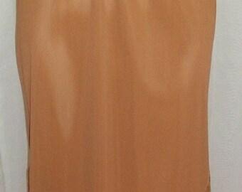 ON SALE Deadstock Vintage Pillow Tab Nylon Vanity Fair Half Slip 4 Lace