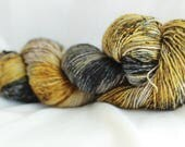 BARATHEON Speckled hand dyed super wash merino single sock (100 grams) 400 yds