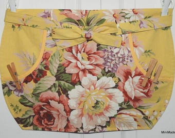 Clothespin Apron, Practical Pocket Apron, Yellow Floral Vintage Fabric