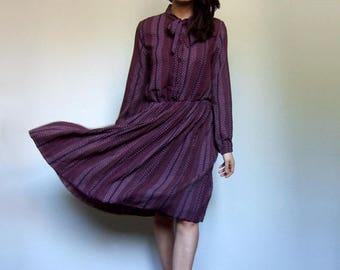 Vintage 80s Purple Dress Long Sleeve Retro Dress Secretary Dress Ascot Tie Midi Dress - Medium to Large M L
