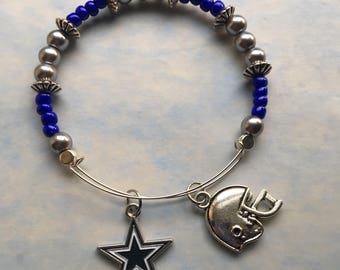 Dallas Cowboys memory wire bracelet, 2.5 in In diameter, Dallas Cowboy charm, football helmet charm, blue and silver beads, great gift