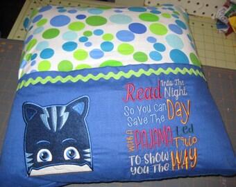 pocket reading pillow