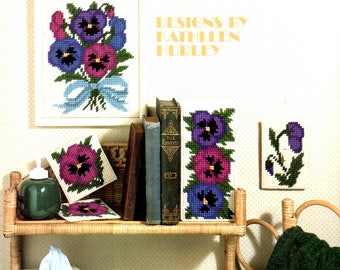 Pansies in Bloom Plastic Canvas Picture Coasters Book Ends Tissue Box Cover Switch Cover Needlepoint Craft Pattern Leaflet Leisure Arts 1119
