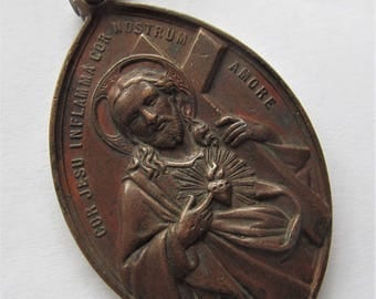 Jesus Antique Religious Medal Sacred Heart Crown Of Thorns In High Relief Pendant  SS338