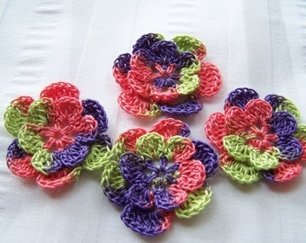 Appliques hand crocheted flowers set of 4 lollipop  cotton 1.5 inch