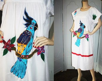 Vintage Tropical Embroidered Applique Caftan. Exquisite.