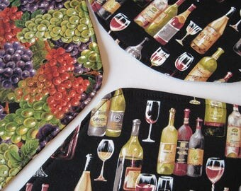Wine Bottle Wedge Placemats Reversible Grape Placemats Wine Placemats Burgundy Wedge Placemats Black Wedge Placemats Wine Lovers Placemats