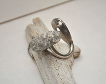 Beach Rock Hook - Single Satin Nickel - Striped Stone