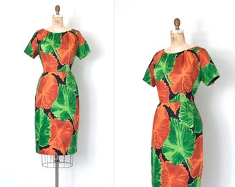 vintage 1950s  dress / leaf print 50s wiggle dress / small/medium
