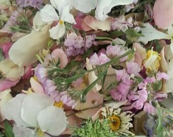 Bulk Wedding Confetti, Dry Flowers, Wedding Decorations, Real Dry Flowers, Aisle Decoration, Confetti, Dry Petals, 30 cups of Confetti