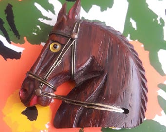 Classic Example of 1940s/50s Wooden Horsehead Brooch!