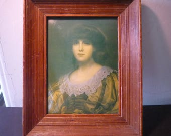 Portrait of a Lady- Bubble Glass with Wooden Frame - Burne-Jones - collectors item - Victorian rare antique frame domed glass