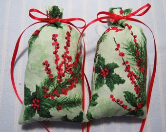 "Christmas Green 5""X2"" Sachet-'Balsam Fir(type)' Fragrance-Holly Berries and Pine Boughs Holiday Sachet-Cotton Herbal Sachet-Cindy's Loft-469"