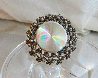 SALE Vintage Holographic Wreath Brooch. Jewelarama. Silver Hologram Disc Pin.