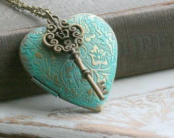 Key Locket Necklace ,Vintage Style Locket, Heart locket necklace, Key Locket Jewelry, Key Locket Pendant,Large Lockets - Bella