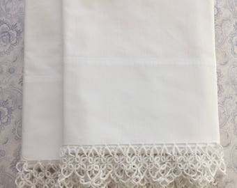 Vintage White Pillow Cases with Handmade Tatted Lace