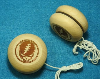 STEAL YOUR FACE Wooden Yoyo, unfinished - Grateful Dead, Jerry Garcia. Great Christmas Gift or Stocking Stuffer