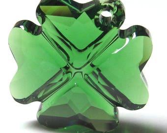 Glass Bead 19mm Emerald Green Faceted Lead Safe Crystal Shamrock 4 Leaf Clover - 1 Piece