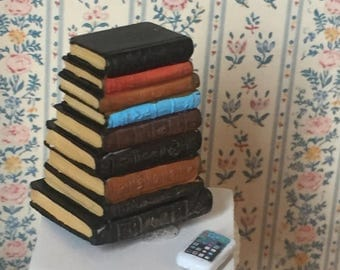 SALE Miniature Books, Stack Of Old Books Style 4063, Dollhouse 1:12 Scale Miniature, Dollhouse Accessory, Library Decor, Resin Book Stack