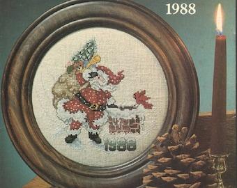 Santa Christmas Plate 1988 Stoney Creek Leaflet 17 Cross Stitch Chart