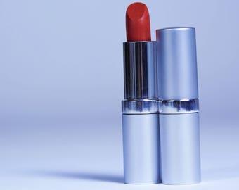 Lipstick Eskimo Kissez Red and Fuchsia