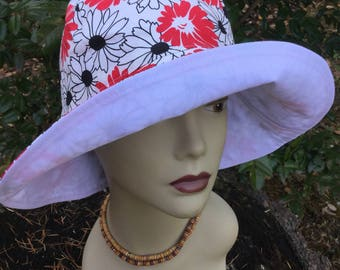 Ladies Sun Hat, Floppy Hat, Gardening Hat, Take Me AnyWhere, Vacation Hat, Daisy Ladies Hat, Sun Hat, Light Weight Reversible Sun Hat