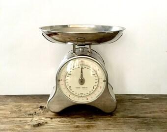 Vintage Chrome Kitchen Scale / Industrial Farmhouse Kitchen Scale