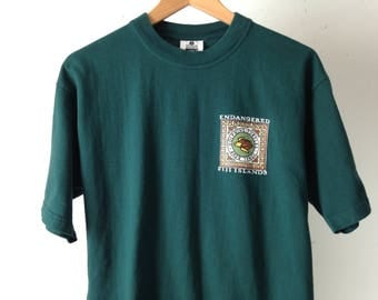 vintage FIJI endangered islands FOREST hunter green size medium cotton t-shirt